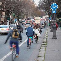Francia pagará a quienes vayan al trabajo en bici