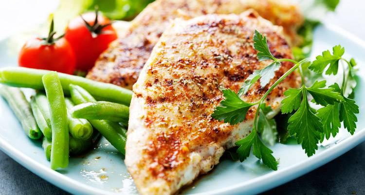 ¿Cuánto pollo comer al día?