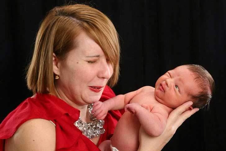 newborn-baby-photoshoot-fails-15-56fbea334fbd5__880