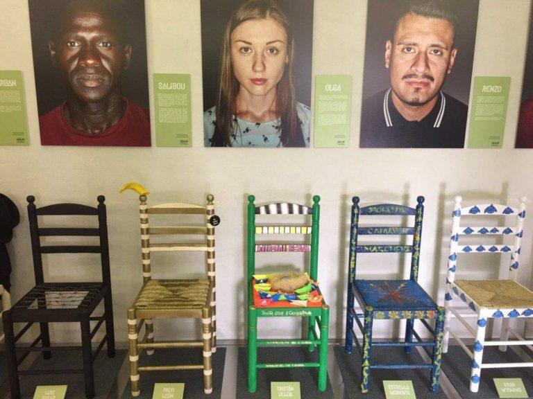Catawiki subasta las sillas de la iniciativa #TuSillaSuRefugio a favor de los refugiados
