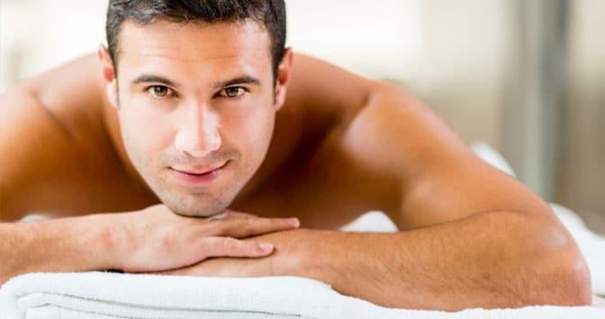 Cuidado facial masculino: 5 consejos útiles y rápidos de seguir