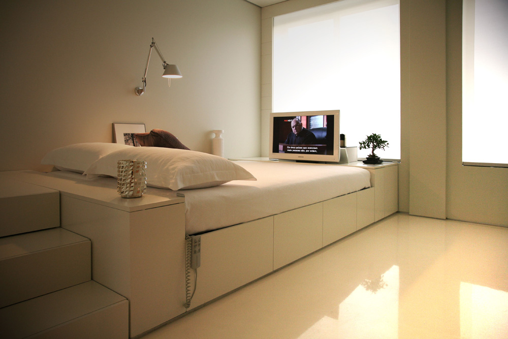 Small Space Living on Bedroom Ideas For Small Spaces  id=76746