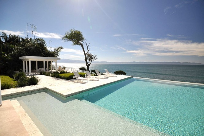 casachina blanca white villa-with-sea-view and pool