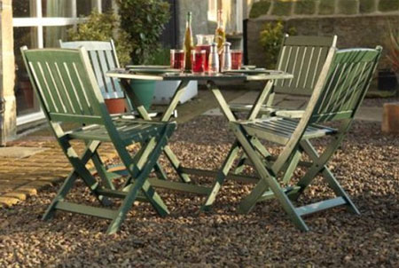 HOME DZINE Craft Ideas Give Garden Furniture A Makeover