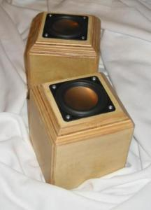 323x448xfinished-mini-cube-speakers-pair.jpg.pagespeed.ic.TcdM8N3tQ2