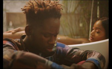 AUDIO + VIDEO: Mr Eazi ft Burna Boy – Miss You Bad