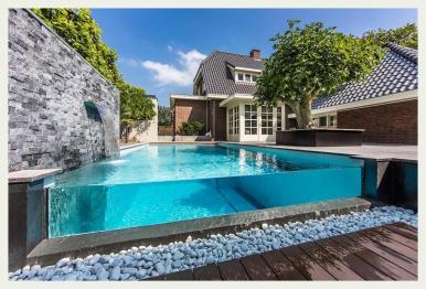 backyard-swimming-pool
