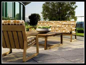 outdoor-tables-and-chairs-gallery