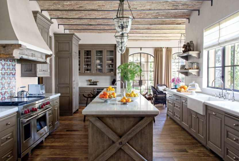 cozy and inviting rustic kitchen perfect for a family