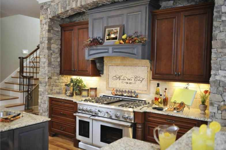 small yet incredible kitchen