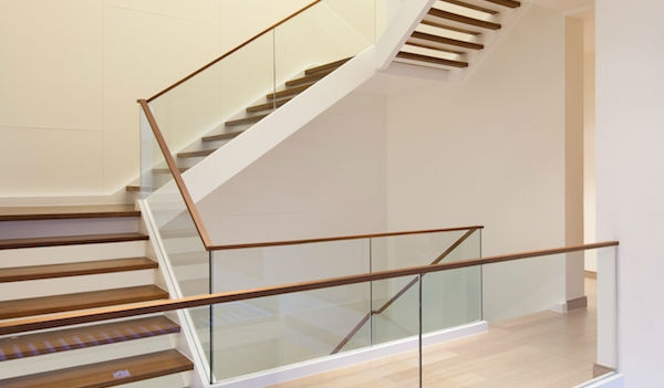 2020 Glass Deck Stair Railing Costs Per Foot Homeadvisor | Staircase Handrail Glass Designs | Frosted Glass | Curved | Glass Baluster | Glass Painting | Glass Etching