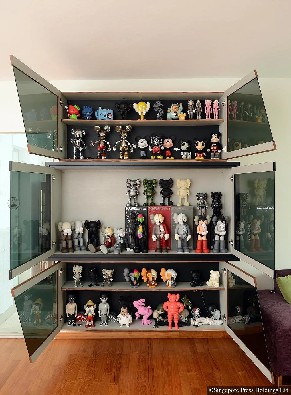 7 Homes Of Bearbrick Figurine Collectors Home Amp Decor