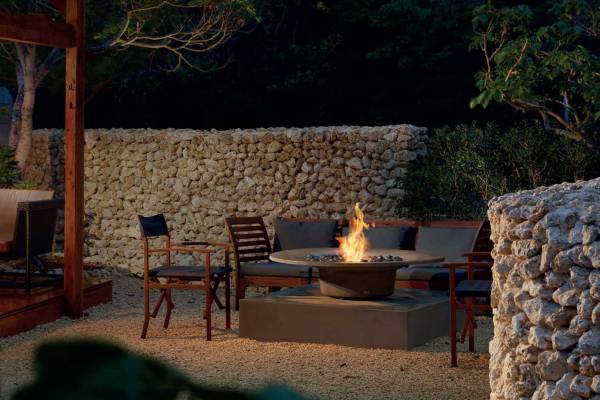 FABULOUS Fireplaces - Home and Lifestyle Magazine