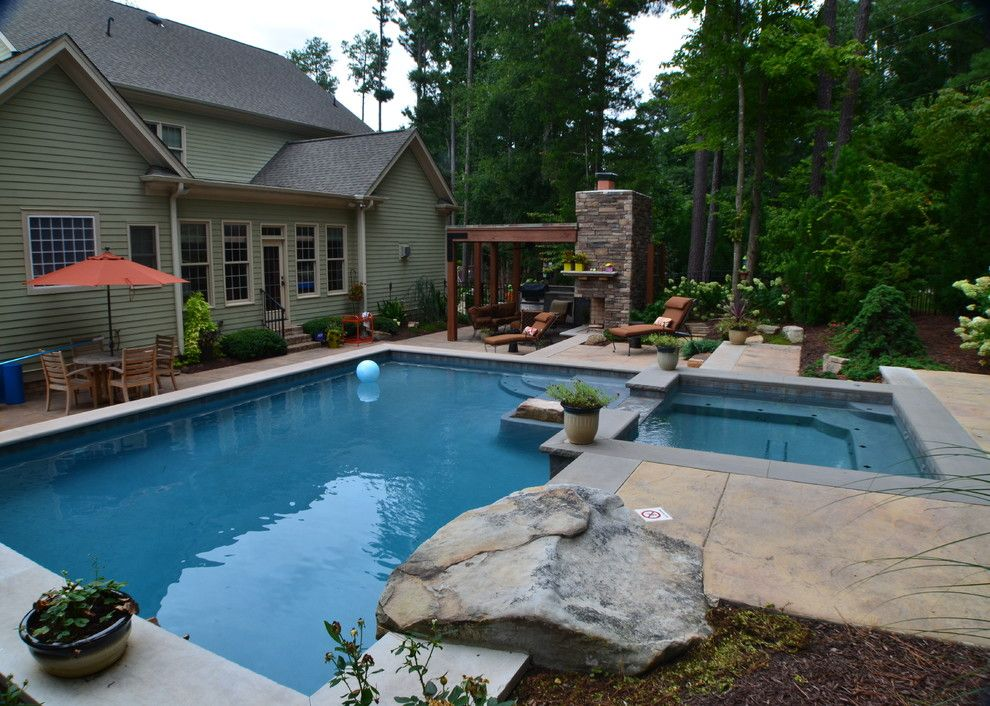 Hot Springs Spa Nc For A Tropical Patio With A Fire Pit