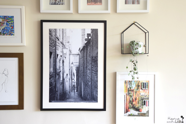 5 TIPS FOR CREATING YOUR OWN PICTURE COMPOSITION My living room Gallery Wall : errors and advice