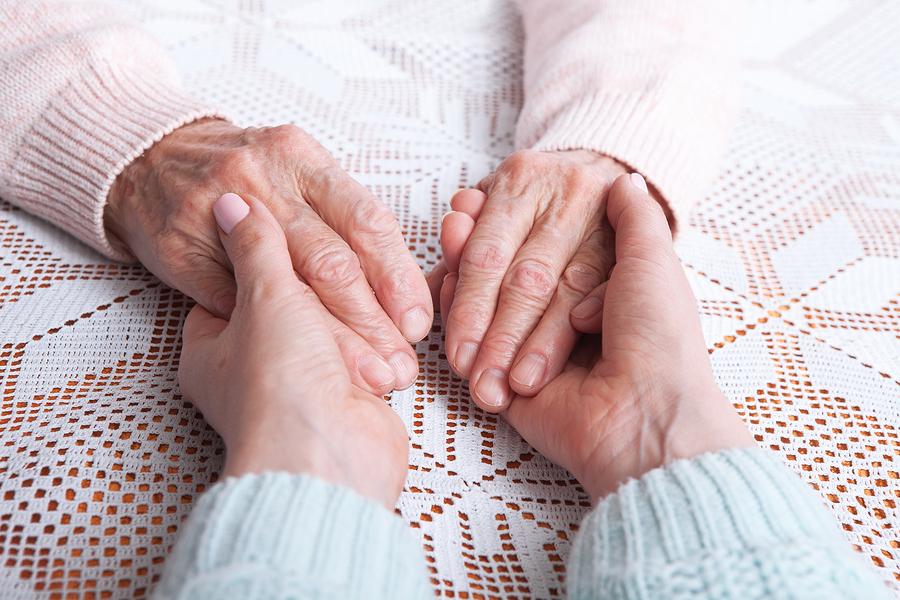 DISEÑO DE HABITACIONES PARA PERSONAS MAYORES Cómo adaptar un dormitorio para los mayores y que se sientan como en casa