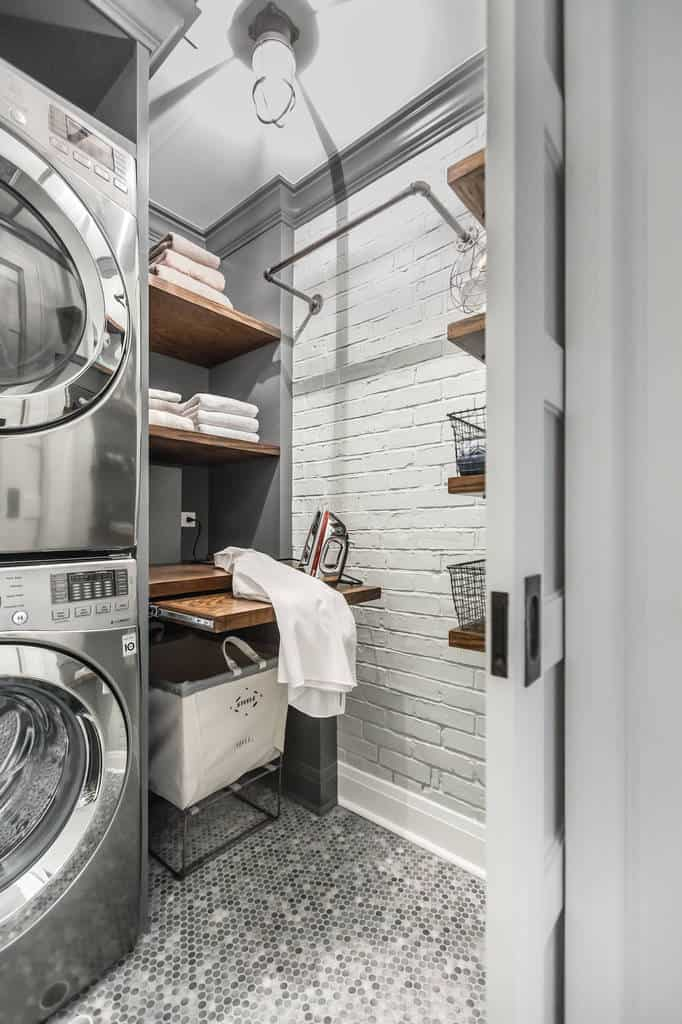 30 functional laundry room design ideas home awakening on paint for laundry room floor ideas images id=35327