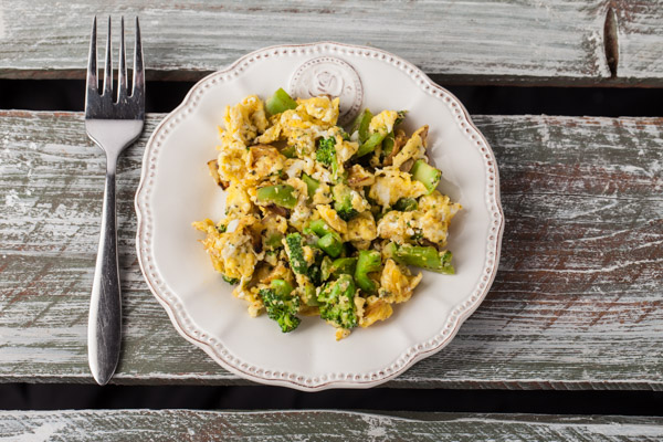 Broccoli scrambled eggs