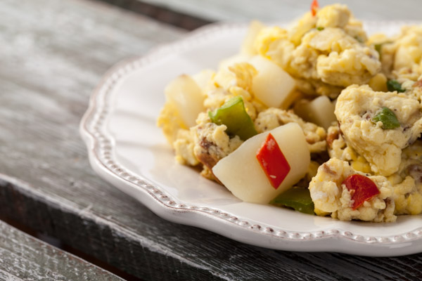 Scramble eggs with peppers and potatoes