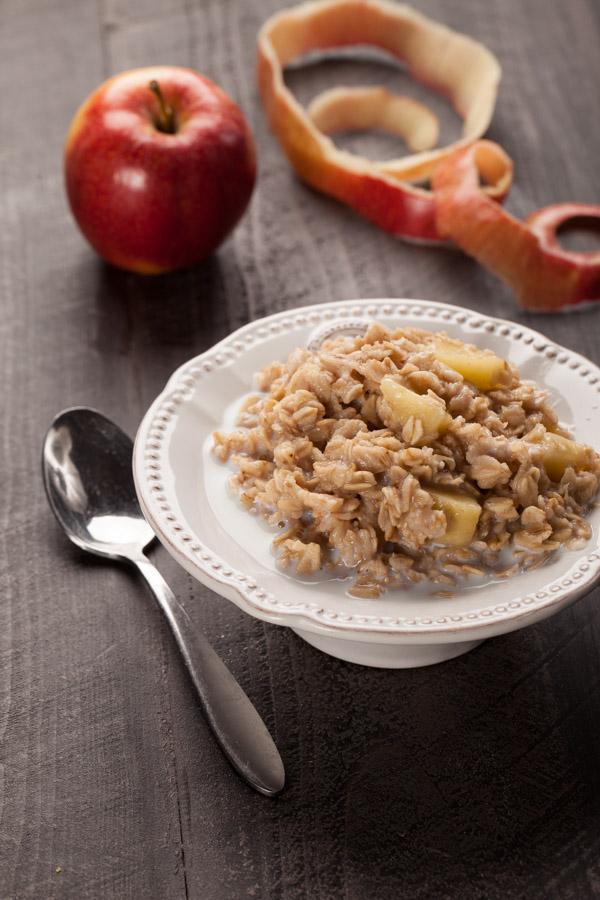 Apple Walnut Cinnamon Oatmeal