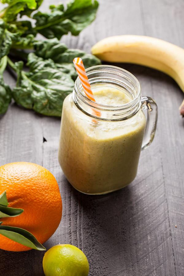 Healthy Menu Plan Green Spinach Yogurt Smoothie