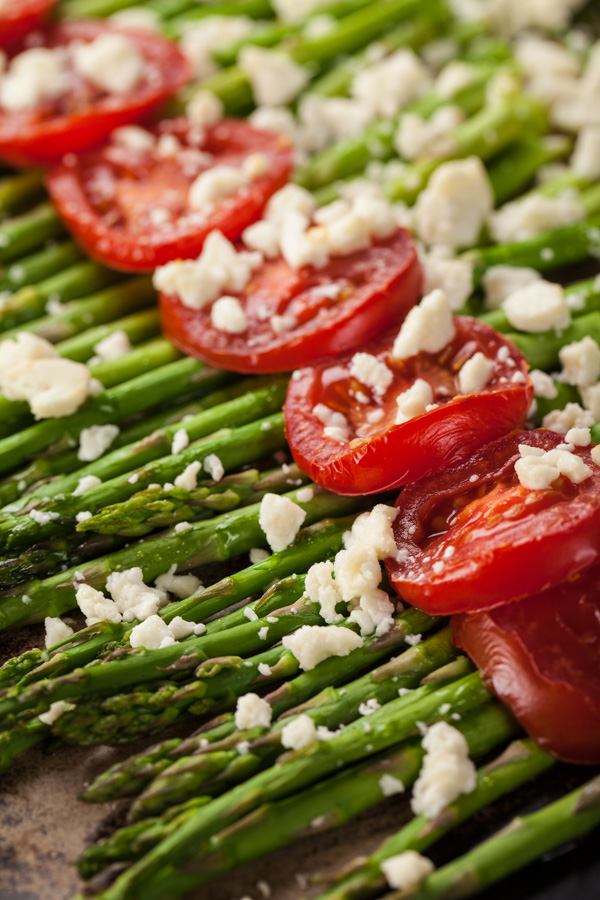 Roasted Asparagus with Sliced Tomatoes and Feta