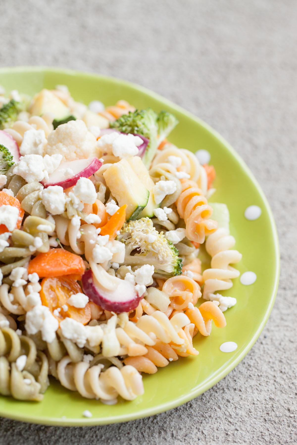 Quick and Easy Lunches - Marinated Vegetable Pasta Salad with Feta Cheese #homebakedjoy #vezzaniphotography