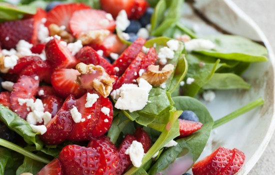 Quick and Easy Lunches – Strawberry Spinach Salad
