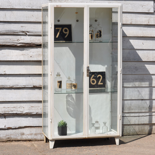 HOME-BARN-GLASS-MEDICAL-CABINET-5