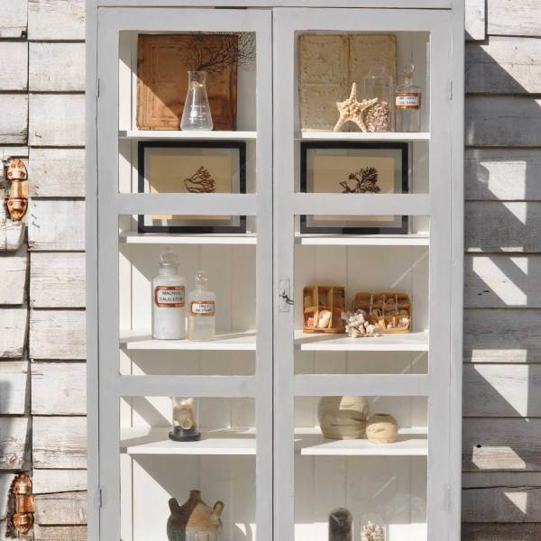 homebarn-glass-cabinet