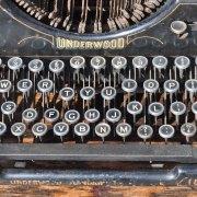 homebarn-vintage-typewritter-2