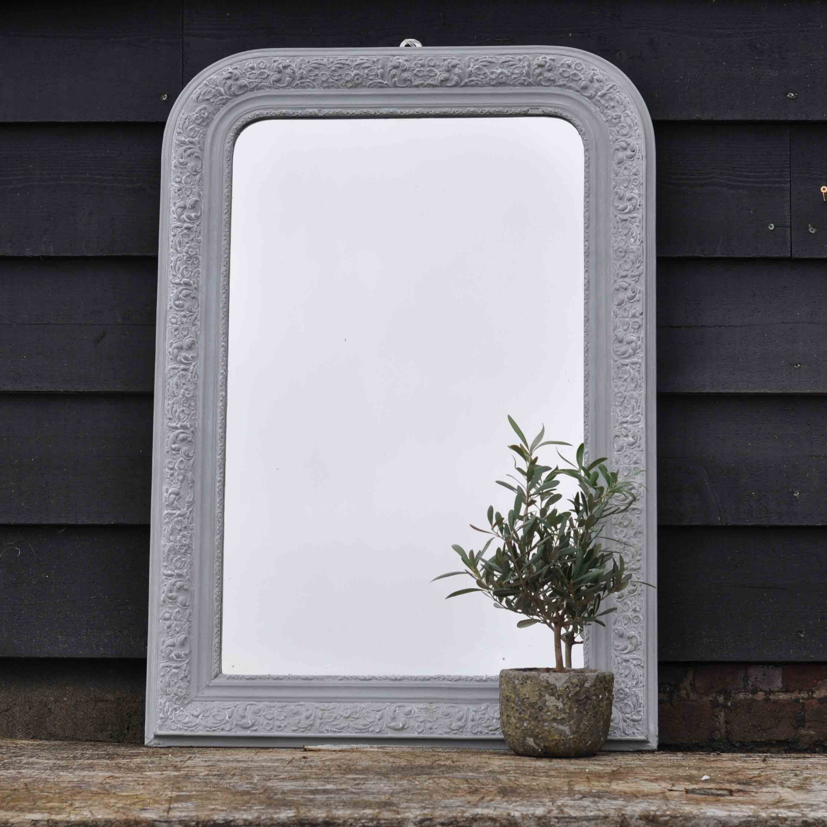 Country home home barn vintage for Long antique mirror