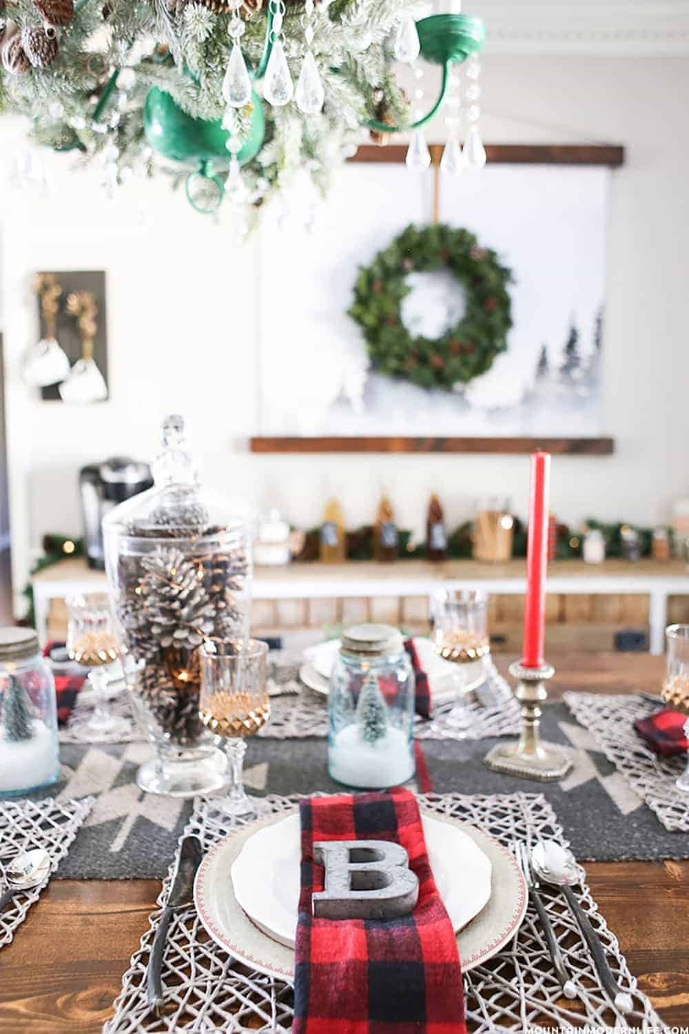 The BEST DIY Christmas Table Decorations