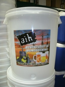 AIH 8 Gallon Fermenting Bucket and Lid
