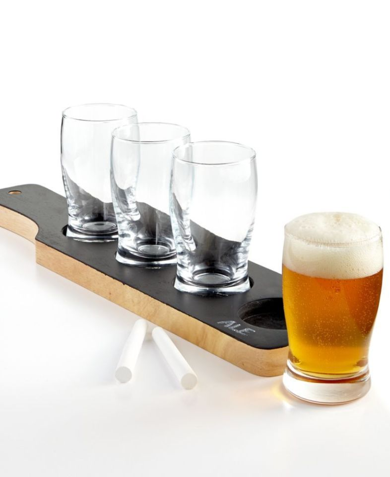 WEMBLEY $50 NEW 1621 Gift Chalkboard Beer Tasting Set With 4-Glasses