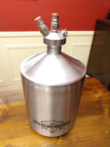 Hands on Review: Weekend Brewer 5L Mini Keg Growler + Ball Lock Lid, Micro Regulator & Tap