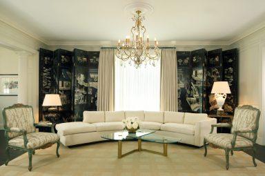 11-Cliff_2061-livingroomscreen