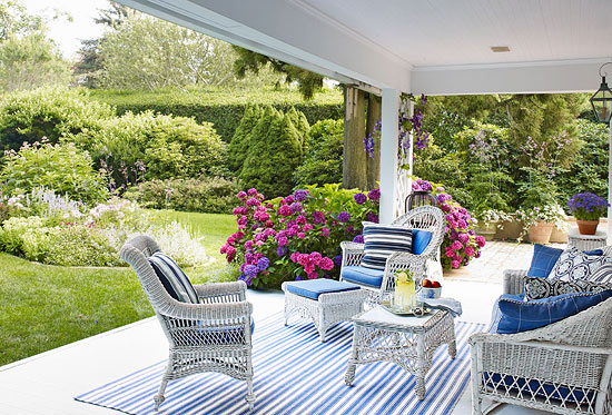 cottage style outdoor patio furniture East Hampton Cottage - Home Bunch Interior Design Ideas