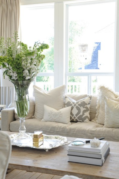 neutral living room decor New Interior Design Ideas for the New Year - Home Bunch