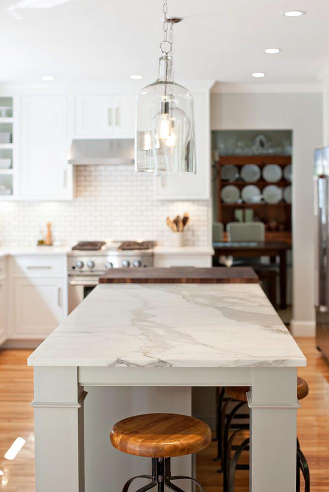 Modern Farmhouse Kitchen Design - Home Bunch Interior ... on Farmhouse Countertops  id=82600