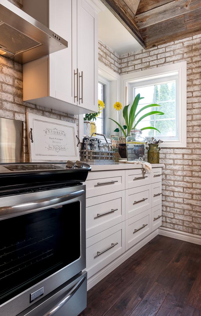 Grey And White Kitchen Design Ideas