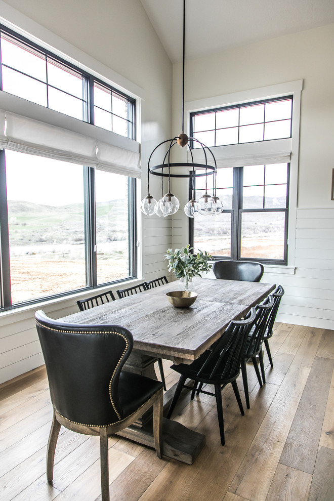 Farmhouse Dining Nook. Farmhouse Dining Nook #FarmhouseDiningNook #Farmhouse #diningroom #breakfastnook #fixerupper #shiplap #blackpanewindows Sita Montgomery Interiors