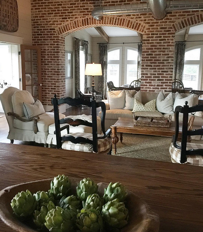 Brick Arches. Open Layout home with brick arches. Brick arches #brickarches #brick #arches Home Bunch's Beautiful Homes of Instagram @blessedmommatobabygirls