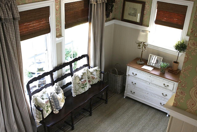 Country Farmhouse Interiors. Country Farmhouse Interiors. Country Farmhouse Interiors. Country Farmhouse Interiors #CountryFarmhouseInteriors #CountryInteriors #FarmhouseInteriors Home Bunch's Beautiful Homes of Instagram @blessedmommatobabygirls