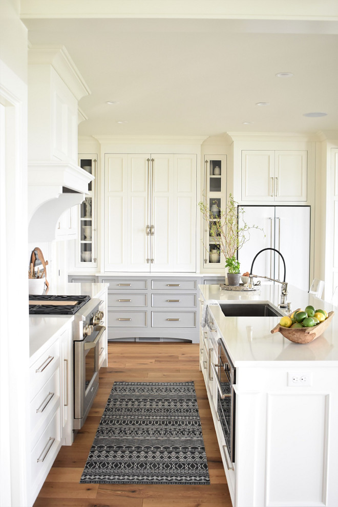 Nantucket Inspired White Kitchen Design Home Bunch Interior Design Ideas