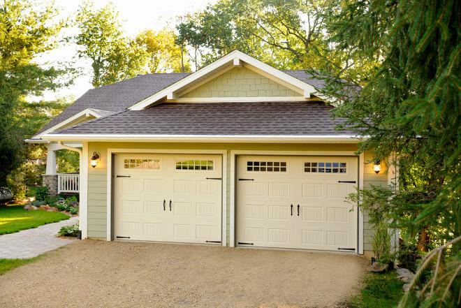 3 Types of Garage Doors You Should Consider for your Home ... on Garage Door Color  id=42702