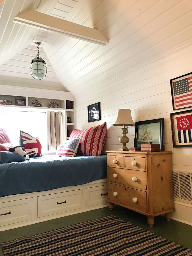 Coastal Bedroom with shiplap walls and peaked ceiling. Coastal Bedroom with shiplap walls and peaked ceiling. Bedroom built in bed nook #CoastalBedroom #shiplap #walls #peakedceiling #bedroomnook #nook #builtinbed Beautiful Homes of Instagram @SweetShadyLane