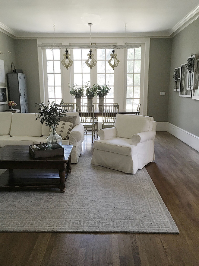 Famrily room rug Beautiful Homes of Instagram @my100yearoldhome