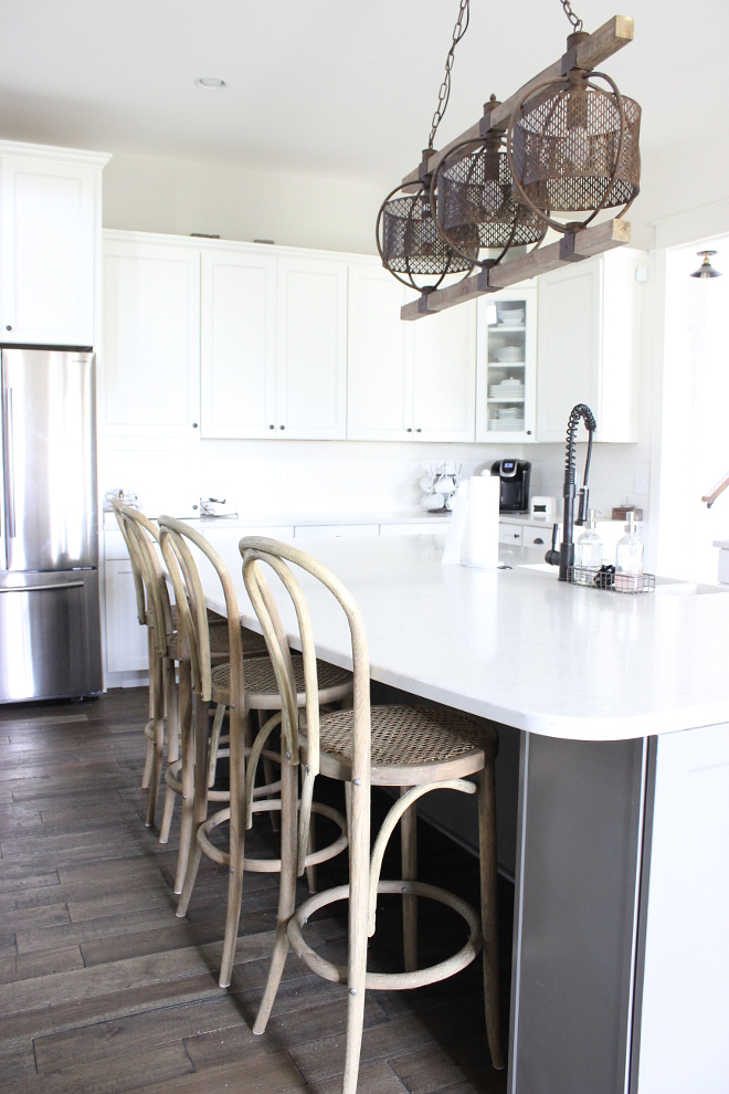 Farmhouse kitchen grey island Gauntlet Gray Sherwin Williams paint color Gauntlet Gray Sherwin Williams #GauntletGraySherwinWilliams Beautiful Homes of Instagram Home Bunch @crateandcottage