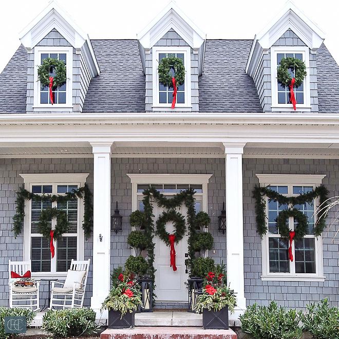 Exterior-Christmas-Wreath-Decor